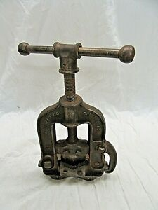 Vintage Mark Mfg Co Chicago No 1 Pipe Vise Bench Mount Pipe Fitting Plumbing
