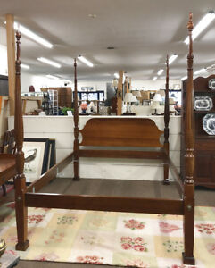 Vintage Four Poster Bed Queen Size Solid Mahogany Rice Carved Charleston Style