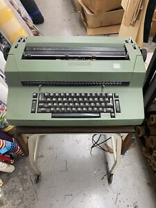 Ibm Selectric Ii Typewriter Reduced For Quick Sale