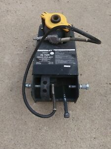 Omega Lift Equipment 22 Ton Air hydraulic Axle Jack