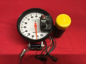 Autometer Phantom Tach W shift Light