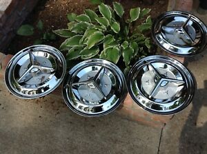 Hubcaps Star Fire Spinners Oldsmobile Original 1956