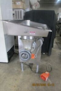 Commercial Meat Grinder Model 548 Biro