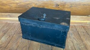 Antique Stagecoach Railroad Strong Box Chest W Eagle Lock Co Lock Key