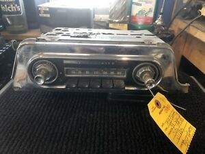 1959 Dynamic 88 Super 88 Oldsmobile Am Push Button Radio With Knobs
