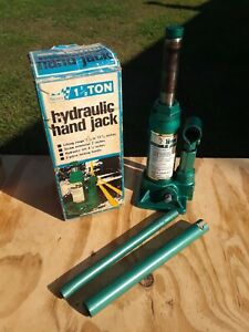 Vintage Sears Hydraulic Jack 1 Ton Green 12011 W Box