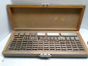Brown Sharp Gage Block Set Wood Box