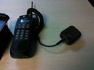 Ef Johnson Ascend Es 5100 W Box Mic And Charger