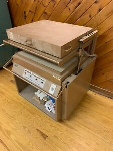 Plastic Vacuum Forming Machine Area 24 1 2 x 34 1 2 See Pics For All Supplies