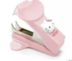 Hello Kitty Staple Remover Pink Kid Cute Gift Stapler Desk Office Teen Stapler
