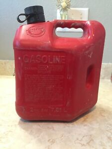 Vintage 2 Gallon 8 Ounce Blitz Old Style Gas Can Plastic Fuel Jug