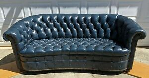 8476 Hancock Moore Tufted Leather Chesterfield Sofa Classic Rarity