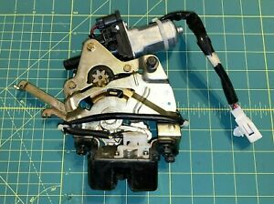 2004 10 Toyota Sienna Rear Door Power Lift Tail Gate Latch Lock W motor Oem