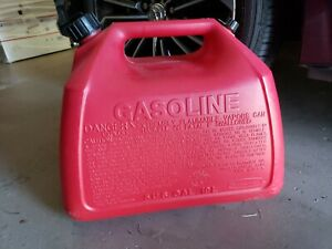 Vintage Rubbermaid 5 Gallon Gas Can Fuel Complete Mint Fast Empty Vented