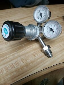 Airgas Sgt500 80 580 bv Single Stage Stainless Steel Regulator