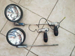 2 Unity Spot Lights Spotlight Set S04 Ford Crown Victoria Police Interceptor P71
