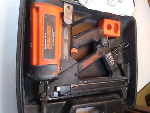 Ramset Tf1100 Gas Actuated Automatic Fastening Trakfast Tool Kit Preowned