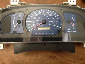 2001 2003 Toyota Sienna Le Instrument Cluster With 151036 Miles