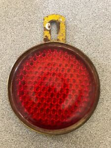 Vintage 3 King Bee Red Glass Reflector 205 License Plate Topper Rat Rod