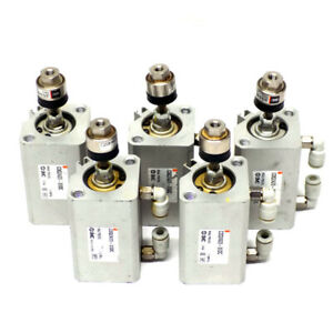 lot Of 5 Smc Pneumatic Air Cylinder Cdq2a20 30dc W Ja15 5 080 Floating Joint