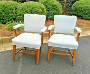 2 Upholstered Executive Armchairs By Jasper Seating Mid Century