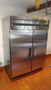 Everest Eswrf2 refrigerator freezer Combo Upright Top Mounted Reach in