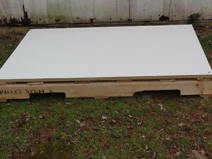 52 X 34 Wood Pallet W White Laminate Covered Wood Board On Top Nj Pickup Only