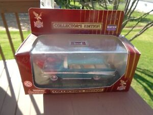 Road Legends 143 Scale 1957 Chevrolet Nomad