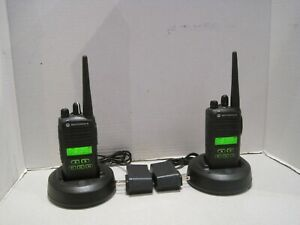 Lot Of 2 Motorola Cp185 Two Way Radio Uhf 435 480mhz 16 Ch 4watt Aah03rdf8aa7an