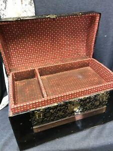 Antique Victorian Child Doll Camel Top Steamer Trunk W Tray Wood Metal Straps