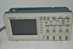 Tektronix Tds224 Tds 224 Four Channel Digital Real time Oscilloscope hx26