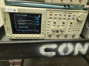 Tektronix Tds 754a 500mhz 2gs s Four Channel Digitizing Oscilloscope