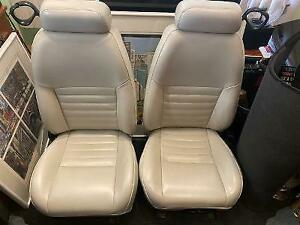 1999 2004 Mustang White Front And Rear Seats