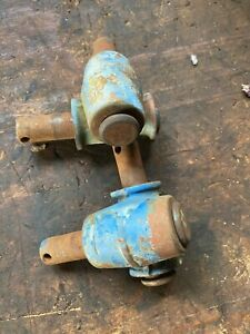 Ford 600 800 Tractor Rear Hydraulic 3 Point Knuckles With Pins
