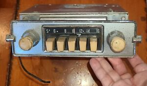 Vintage Vw Volkswagen 6v Sapphire 1 Radio By Bendix Includes Knobs And Faceplate