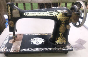 For Parts Only Rusted Singer Sewing Machine Sphinx Antique 1910