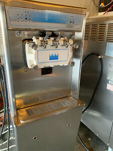 Taylor 794 33 Soft Serve Ice Cream Machine Water Cooled 3 Phase 2011