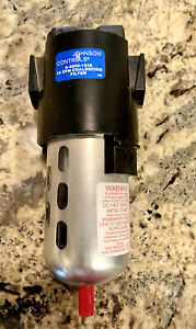 Johnson Controls A 4000 1048 Pneumatic Oil Filter 3 8 In Npt 17 Cfm Used