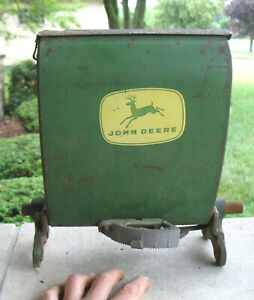 Vintage John Deere Insecticide Hopper B 13829 B From Jd Corn Planter 494a 495a