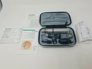 Welch Allyn Standard Diagnostic Set Macroview Otoscope 23820 Ophthalmoscope