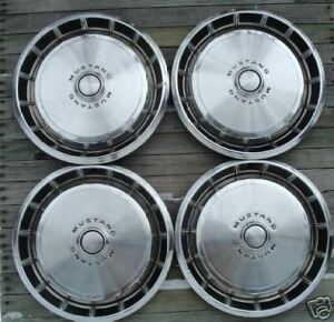 Vintage Classic 1971 1972 1973 Ford Mustang Hubcaps Center Caps Wheel Covers
