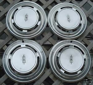 Vintage Classic Antique 1970 Olds Oldsmobile F85 Cutlass Hubcaps Wheel Covers