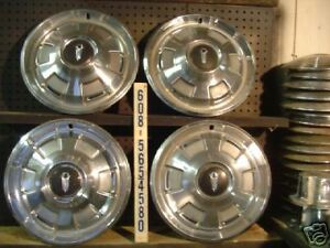 Vintage Antique Plymouth Barracuda Fury Belvedere Satellite Hubcaps Wheel Covers