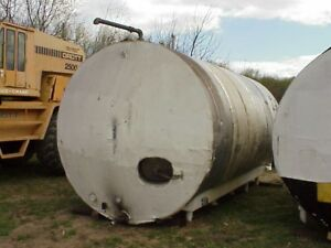 6 500 Gallon Stainless Steel Insulated Mix Tank W Coils And Agitator Horizontal