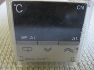 Omron E5cs q1p Temperature Controller Cover 115 220vac P3ga 11 Socket Japan
