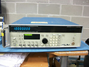 Giga tronics 6100 Synthesized Signal Generator