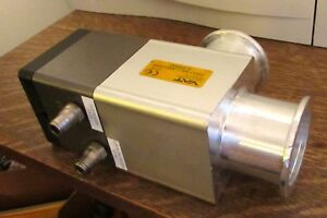 Vat Ultra Low Vacuum Pneumatic Bellows Valve 29032 ka11 aax1 0395 Iso Flanges