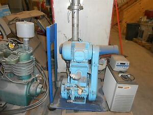 Boc Edwards High Vacuum Pump Model 900 148 041xs W Blower And Filter