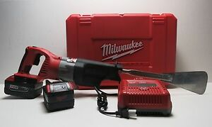 Milwaukee M 28 Auto Glass Windshield Removal Tool new