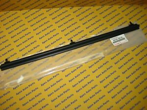 Toyota Pickup Truck 4runner Front Door Weatherstrip Seal Outside 22 1984 1988